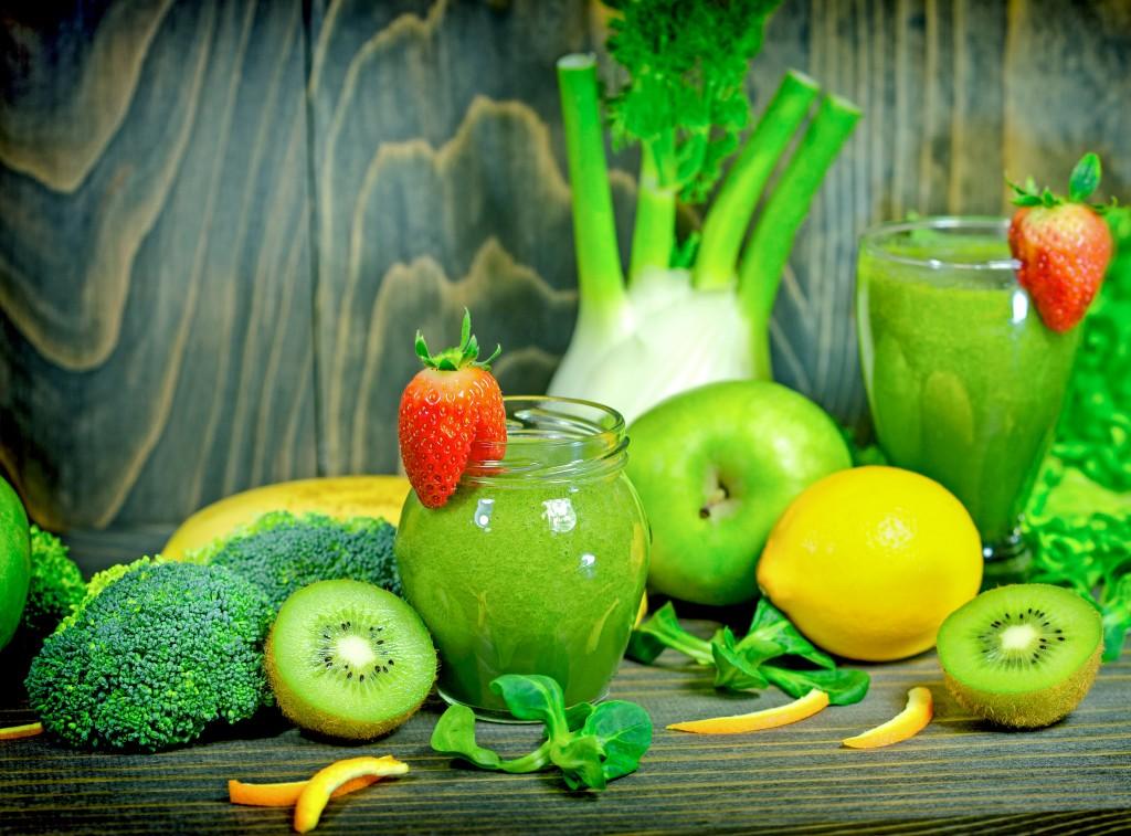 anti-cancer organic green smoothies