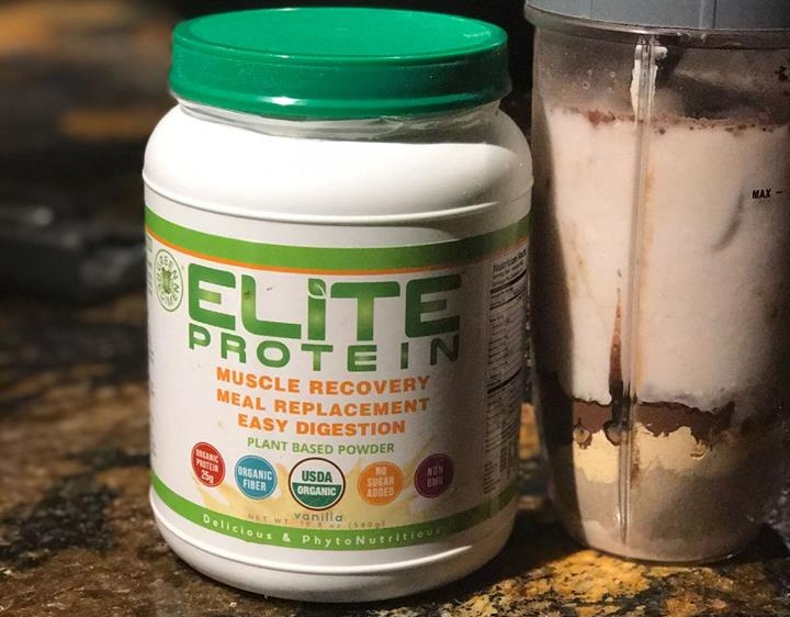 Elite Simple Banana Almond Post-Workout Smoothie Recipe