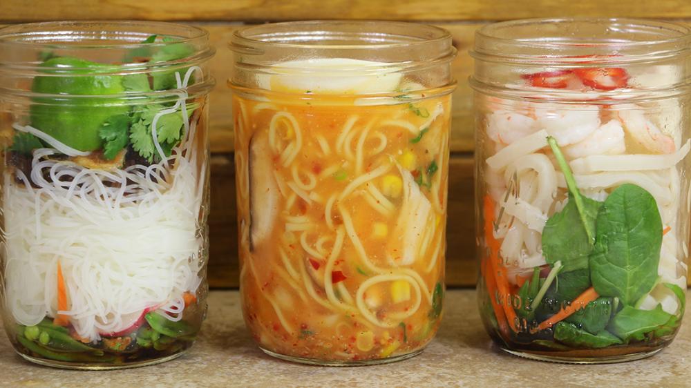 homemade instant healthy ramen in mason jar